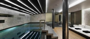Chalet-Perce-Neige-Courchevel-1850-pool-300x131