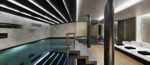 Chalet-Perce-Neige-Courchevel-1850-pool-300x131