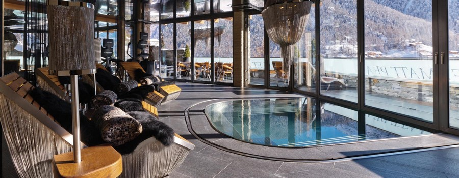 Chalet Zermatt Peak Indoor Pool